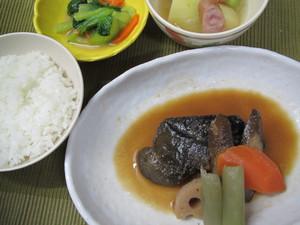 10月2日銀たら根菜味噌煮.JPG