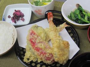 4月16日海老と白身魚の天ぷら.JPG