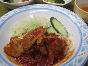 4月5日鶏トマトソース煮.JPG