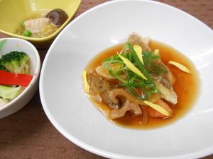 11月29日白身魚と根菜の唐揚げ黒酢あん.JPG