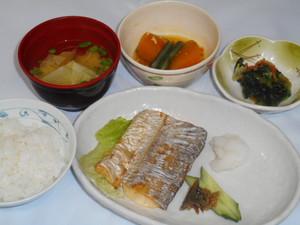 12月6日 太刀魚の塩焼き.JPG