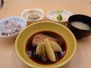 4月1日 目鯛と竹の子の煮付け.JPG
