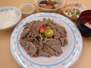7月23日 牛肉のしゃぶしゃぶサラダ仕立て.JPG