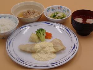 7月30日 鱈のムニエル特製タルタルソース.JPG