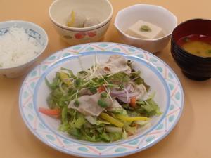 7月31日 もち豚ロースのしゅぶしゃぶサラダ仕立て.JPG