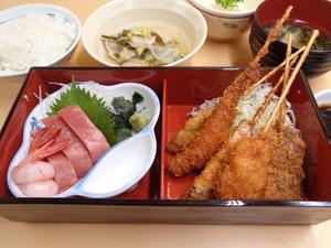 7月6日 江戸前串揚げと刺身盛り合わせ.JPG