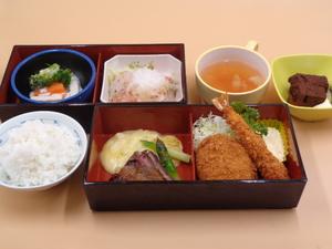 7月9日 晩酌祭 洋食弁当.JPG
