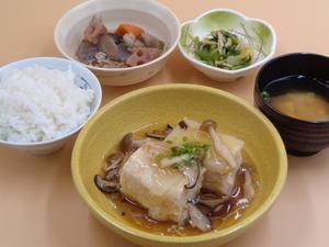 9月15日 白菜と鶏ひき肉の重ね蒸しきのこあんかけ.JPG