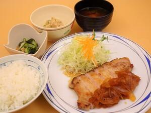 7月22日富士の国ポークの生姜焼きステーキ.JPG
