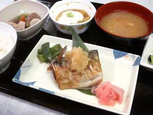 9月4日夕食(ブログ).jpg