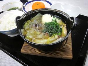 2月18日夕食(ブログ).JPG
