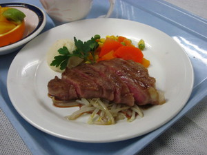 2月21日夕食特別食.JPG