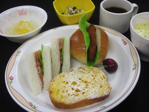 5月28日昼食.JPG