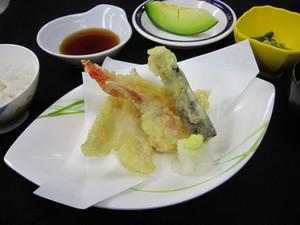 6月9日夕食特別食.JPG