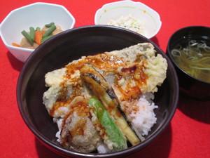 28年10月12日昼食.JPG
